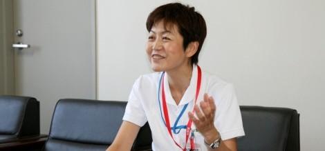 新潟医療センター病院 看護部長 尾潟恵子様