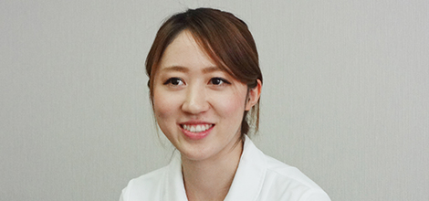 柏崎総合医療センター 人工透析室 看護師 桑原麻美さん 脳外科・腎臓内科 看護師 坂井翠さん